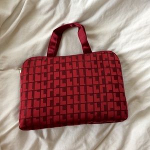 ❗️Maroon Travel Bag with Pouch